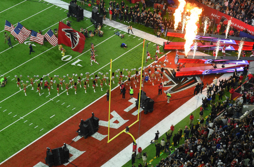 9861235-nfl-super-bowl-li-new-england-patriots-vs-atlanta-falcons-850x560